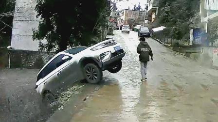 交通事故合集:不观察后视镜随意变道,没想到棋逢对手