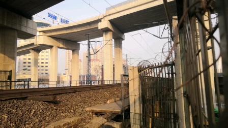 K336次通过天津新红桥。