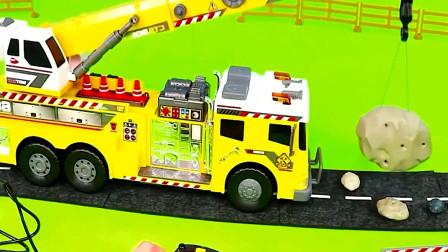 一起来拆箱认知各种汽车吧 装载车起重机自卸车救护车