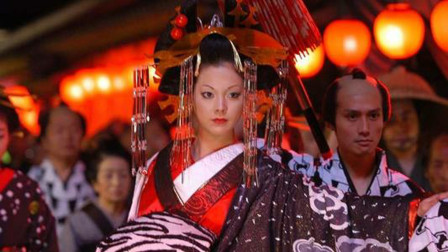 几分钟看完日本漫改电影《花魁》八岁女孩的花魁之路
