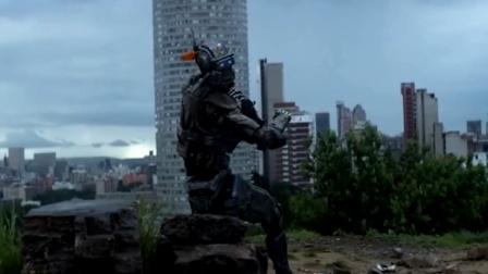 机器人报废后被科学家改造成痞子,见面就喊爸爸!