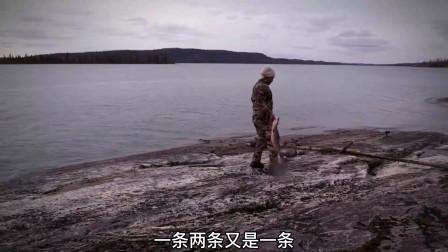 《荒野独居》在荒野生存100天,就能获得100万美金,你会去吗?