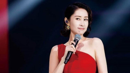 提琴仙女:刘敏涛《飒》曲:刘佳 小提琴独奏:付梦云 MV:2021东方卫视跨年演唱会
