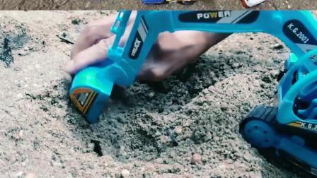 认识工程车玩具 帮助挖掘机挖出一个超级大坑