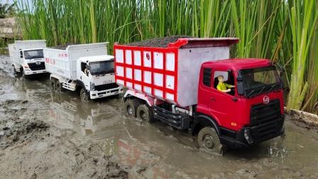 卡车玩具排队运输材料