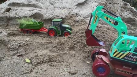 一辆拖拉机突遇山体滑坡,挖掘机来救援
