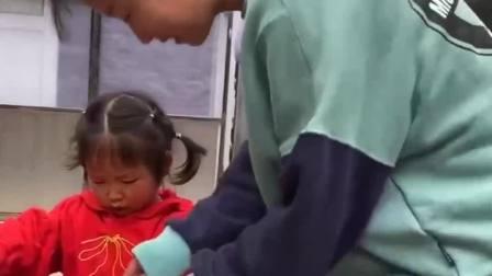 童年的记忆:姐姐的勺子太大了西瓜都被吃完了