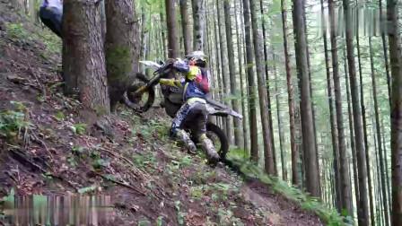 爬向山顶摩托越野赛,不可能的爬坡