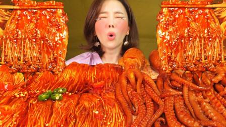 【咀嚼音】麻辣八爪鱼、金针菇,吃得真过瘾