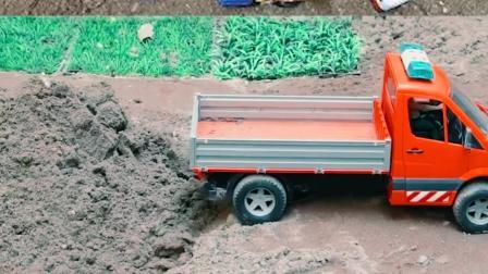 认识工程车玩具 铲车清理沙土
