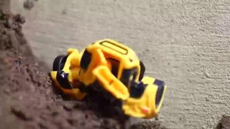益智玩具:各个世代的大黄蜂勇士集合力抗霸天虎明星军团