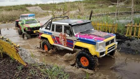吉普车皮卡车玩具过河