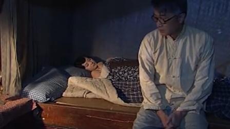 纸醉金迷:端本怕佩芝嫌弃不敢上床,佩芝一暗示,两人当场腻歪!