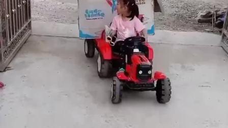 童年的记忆:这姐俩干嘛呢