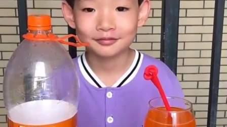 童年的记忆:妈妈出去一下你不要喝饮料哦