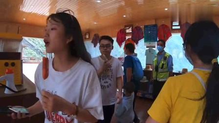 自驾旅行,我们来到了长江第一侠虎跳峡,这里真的太震撼了!