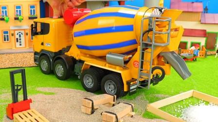 汽车玩具故事:超炫酷!一起看看农场里有哪些工程车的工作吧?