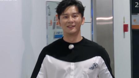 奔跑吧:李晨霸气归来淘汰吴磊,蔡徐坤撕他名牌无效!
