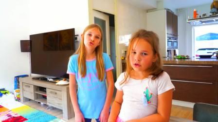 儿童亲子互动,小萝莉发现两只可爱的小兔子,真有趣啊