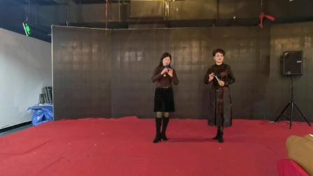 20210115城东厨师帮戏迷晚会,游上林《君臣上马缓缓行》由苏燕萍与施柒珍演唱,阿萍制作。