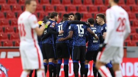 德甲-贡多齐中柱皮亚特克哑火 科隆0-0柏林赫塔