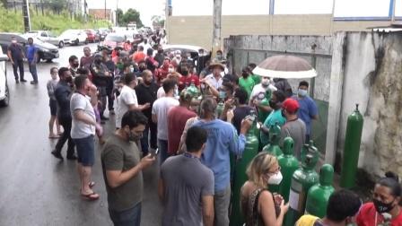 迷惑了!受第二波疫情重击,巴西亚马孙州民众不抢口罩抢氧气