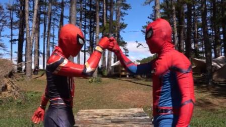 蜘蛛侠两兄弟一起吃泡面,然后潇洒的解决了危机