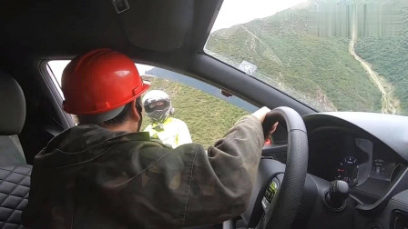 自驾旅行,穿越德贡公路,这一路都是塌方和泥石流,路况太吓人了