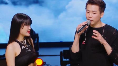 天赐的声音2:陶喆和袁娅维的表演太好了,评委狂拽英文!