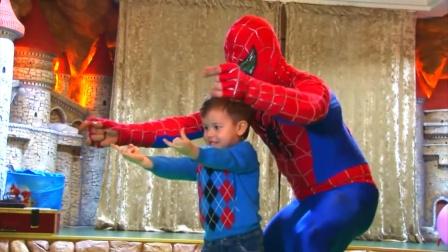 蜘蛛侠教小朋友各种各样的动作!
