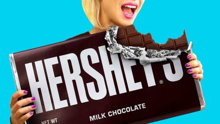 1000块小巧克力制成的巨型巧克力,美女一口咬下去,感觉美妙极了!