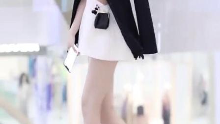 多少月薪男生才能给这样的女生安全感?#街拍#穿搭#我选不无聊