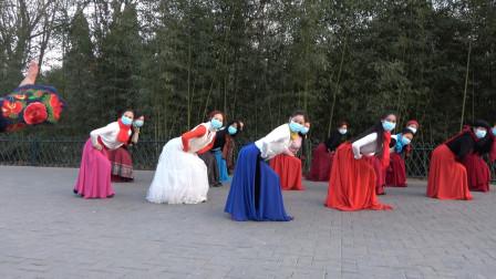 紫竹院广场舞《卓玛央金》青青老师领舞,简单又好看,分享给大家