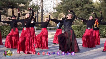 玲珑广场舞《爱在思金拉措》,梦璇小红等全体,要多美就有多美!