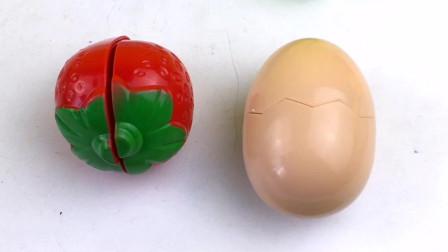 今天来玩水果切切看,切草莓和鸡蛋