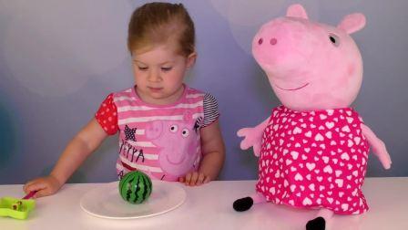 萌娃小可爱用魔法变出一个大西瓜来,这个大西瓜看起来比小可爱还要大