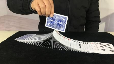 为什么魔术师玩牌可以又快又帅?其实特简单,学会骗朋友玩