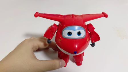 超级飞侠大变形玩具乐迪和小爱新玩法