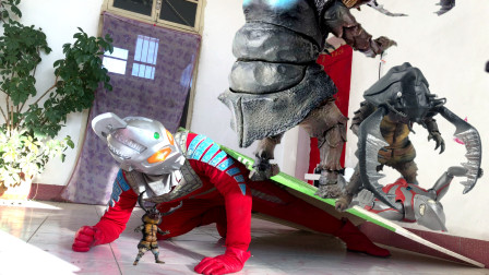 闯关族M78:超兽应该怜悯吗?奥特曼为保护怪兽儿子受伤!赛文奥特曼日常