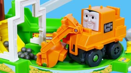 托马斯小火车的煤矿场景玩具
