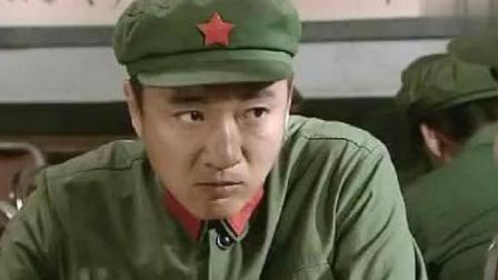 经典:老兵来历太特殊,军官说:师长政委都曾是他的兵!