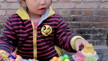 金色的童年:妹妹这么多吃的,你能给我一点吃的吗