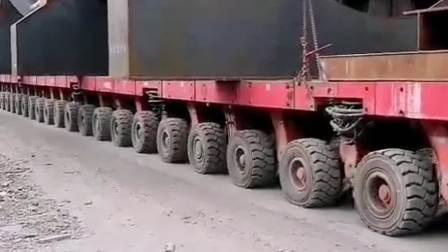 大型钢件运输车,轮胎数量比火车都多,百公里油耗更是不敢提!