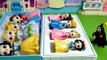 巫婆婆把公主们变成了小僵尸!