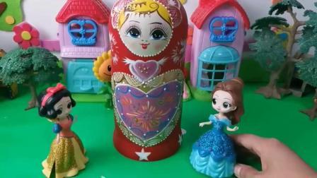 贝儿和白雪的玩具谁的更加厉害呢