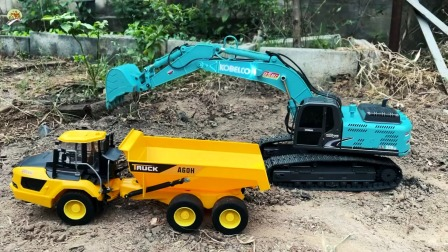 演示大型液压挖掘机装泥土,小拖车玩具,儿童玩具