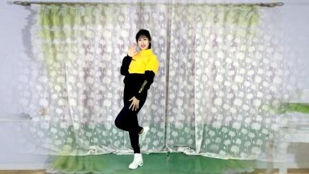 健身32步《扭转乾坤》跳一跳,心情好,跳出好身材