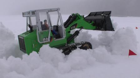 RC遥控CAT 978装载机铲雪