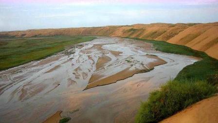 中国实施超大工程,将黄河水引入沙漠,结果发生了神奇的一幕!
