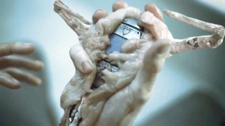 未来人类全是半机械人,想要活命,就必须给心脏换电池